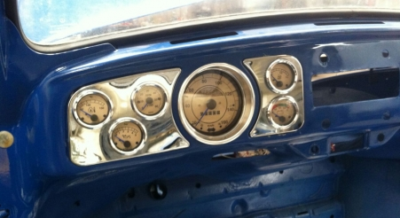 סט שעוני VDO מורכבים ברכב מסוג חיפושית