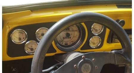 שעוני VDO בהתאמה אישית לרכב